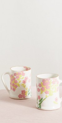 Set of two gold-plated ceramic mugs