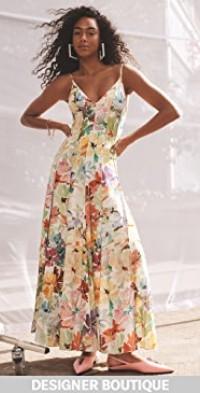 Million Pleats V Neck Dress